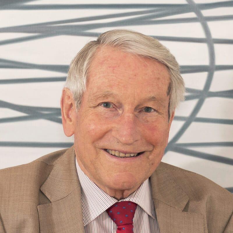 Dr. Henrich Schleifenbaum